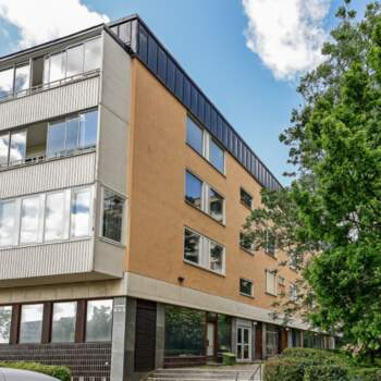 13 rum lägenhet i Solna